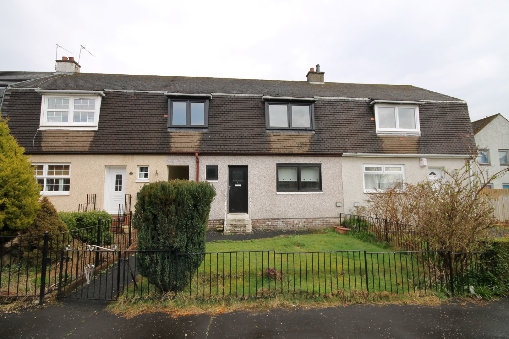CARMYLE – 3 Bedroom Terrace