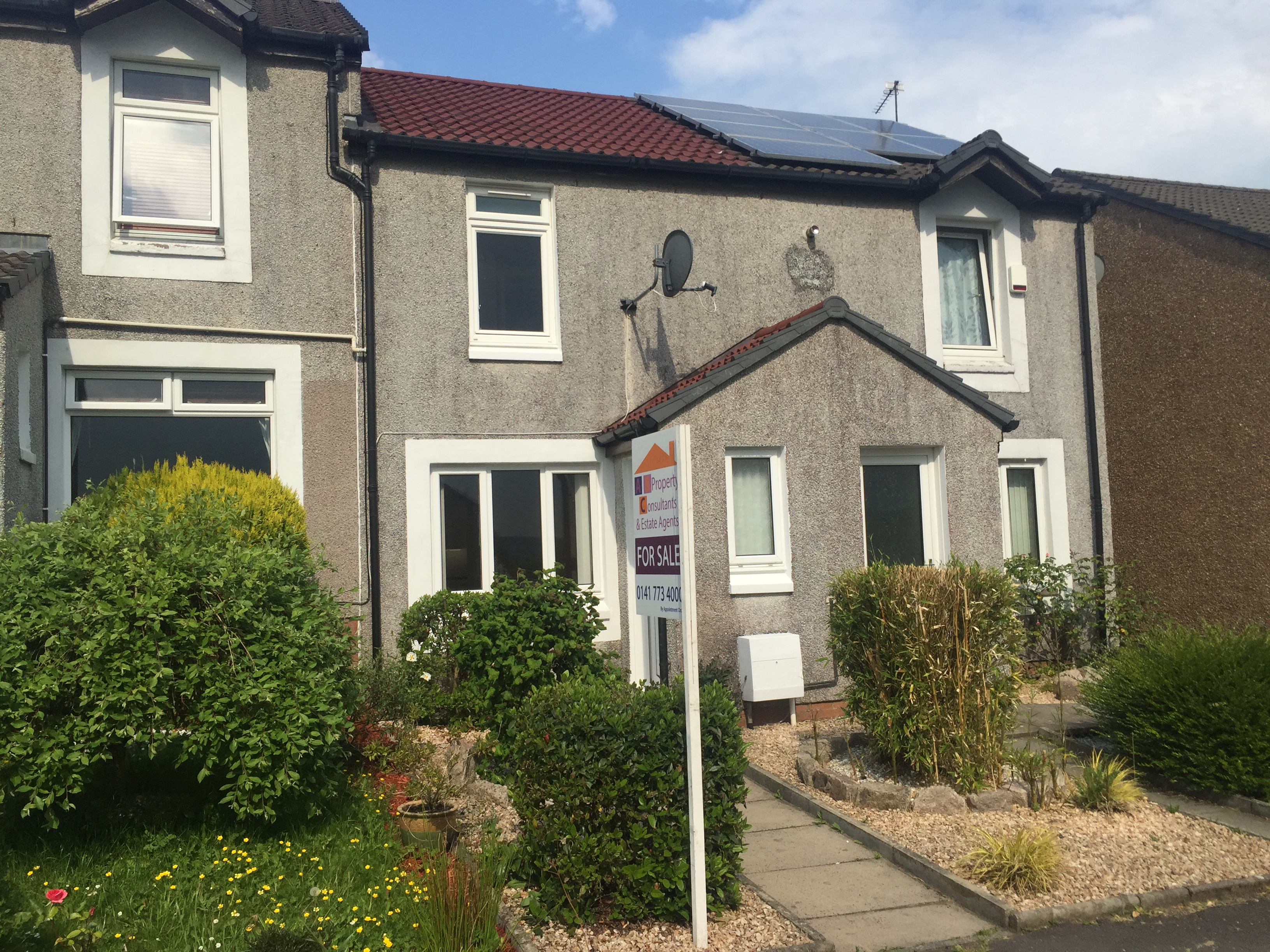 EAST KILBRIDE – 2 Bedroom Terrace