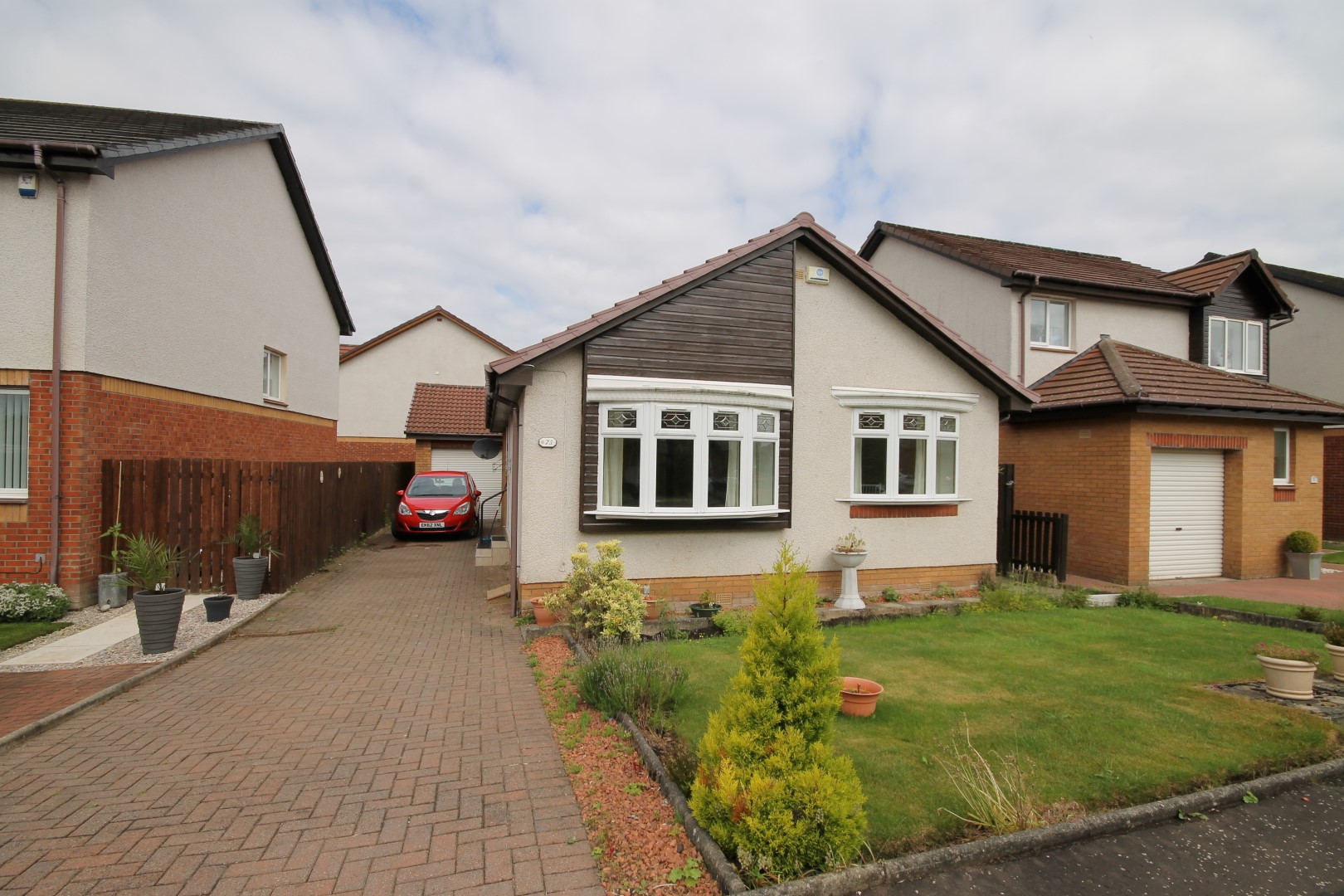 LARKHALL – 2 Bedroom Detached