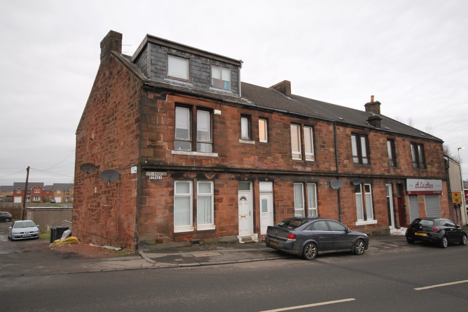 MOTHERWELL – 2 Bedroom Flat