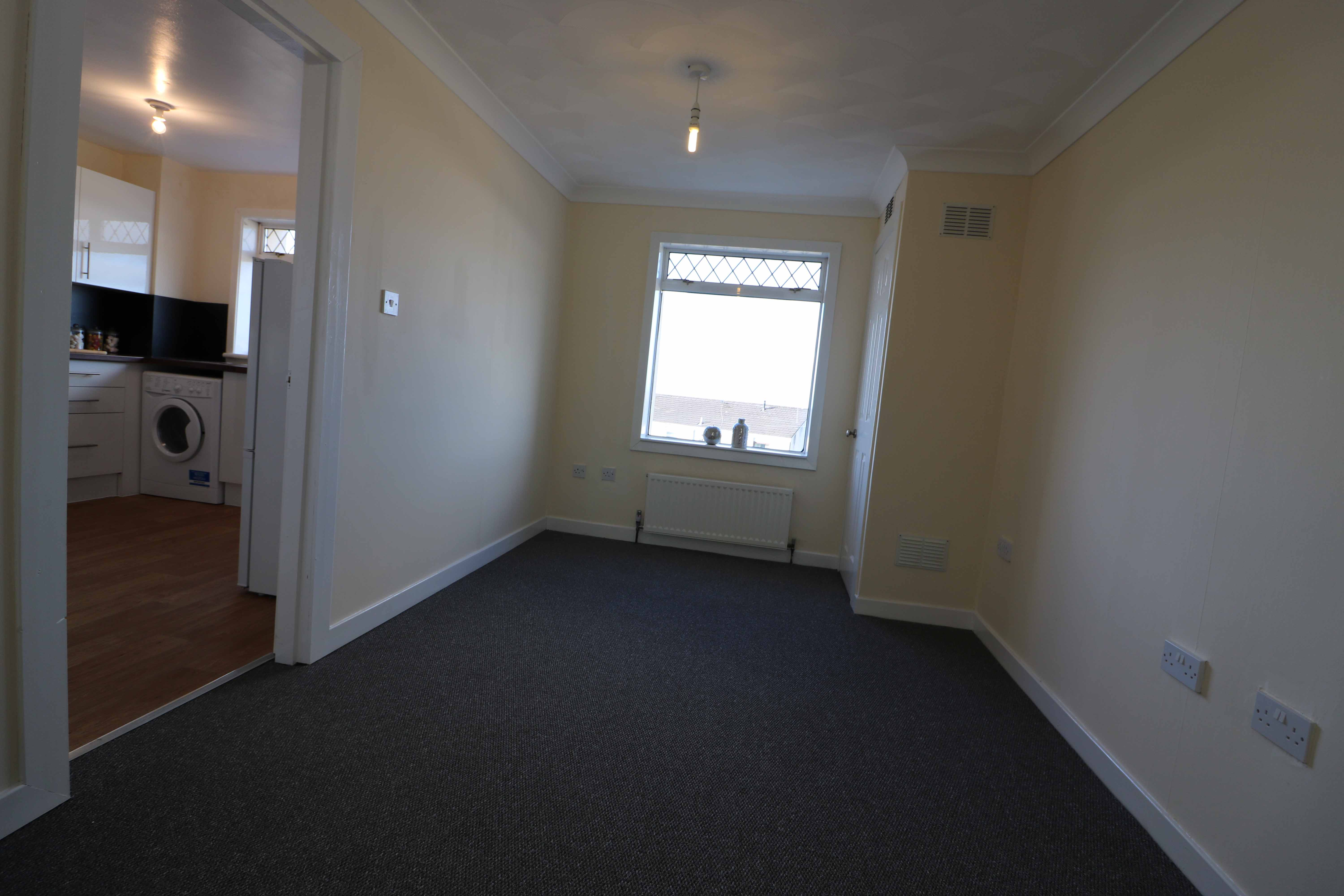 3 Bedroom End Terrace House Airdrie Arranview Street