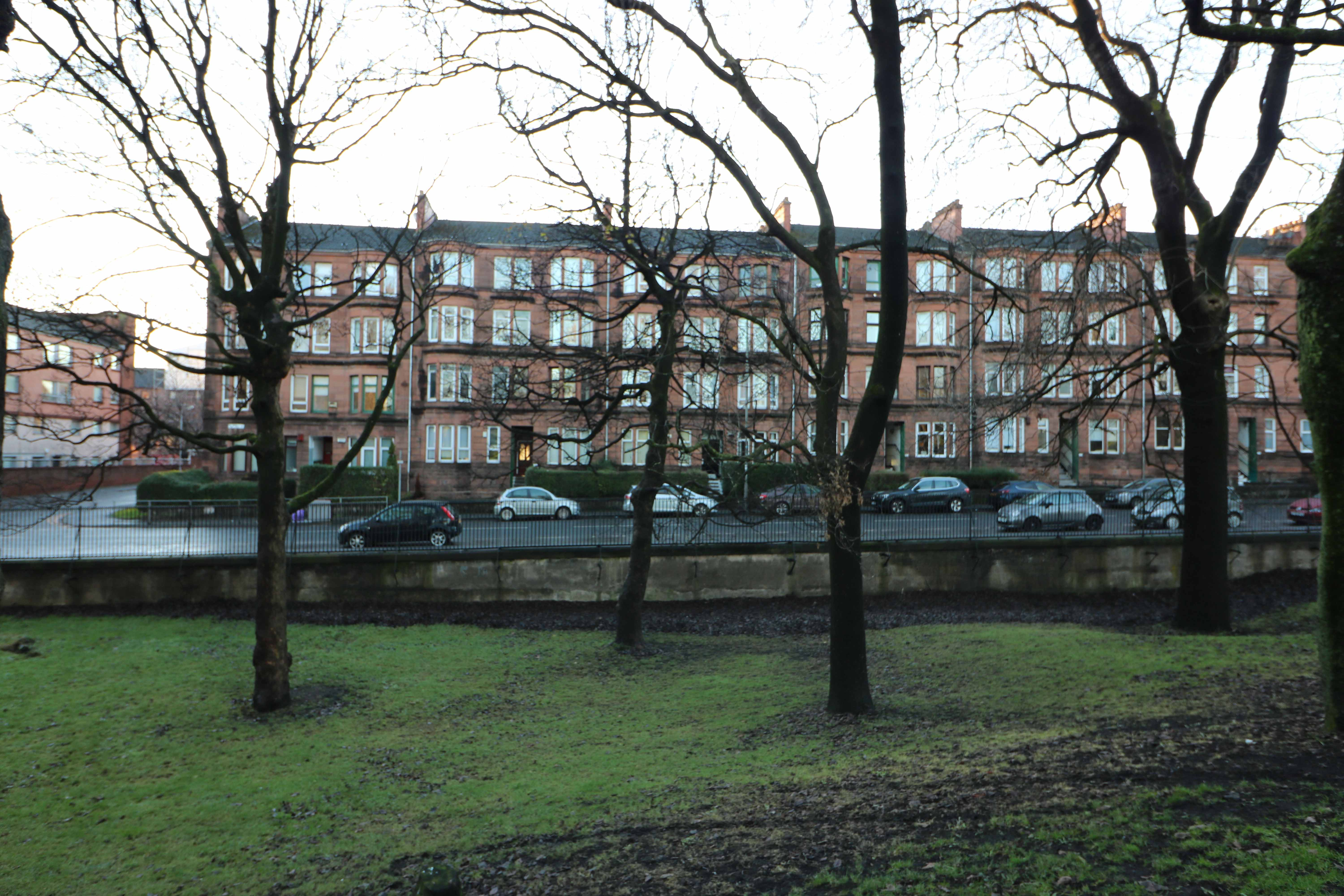 Tollcross Road - Tollcross - A 1 Bedroom Fully Furnished Flat